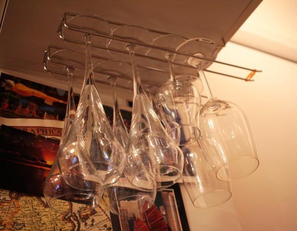 自宅バーのワインホルダー